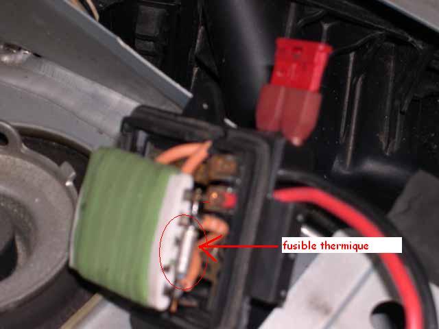 panne ventilation twingo r paration m canique aide panne auto forum autocadre. Black Bedroom Furniture Sets. Home Design Ideas