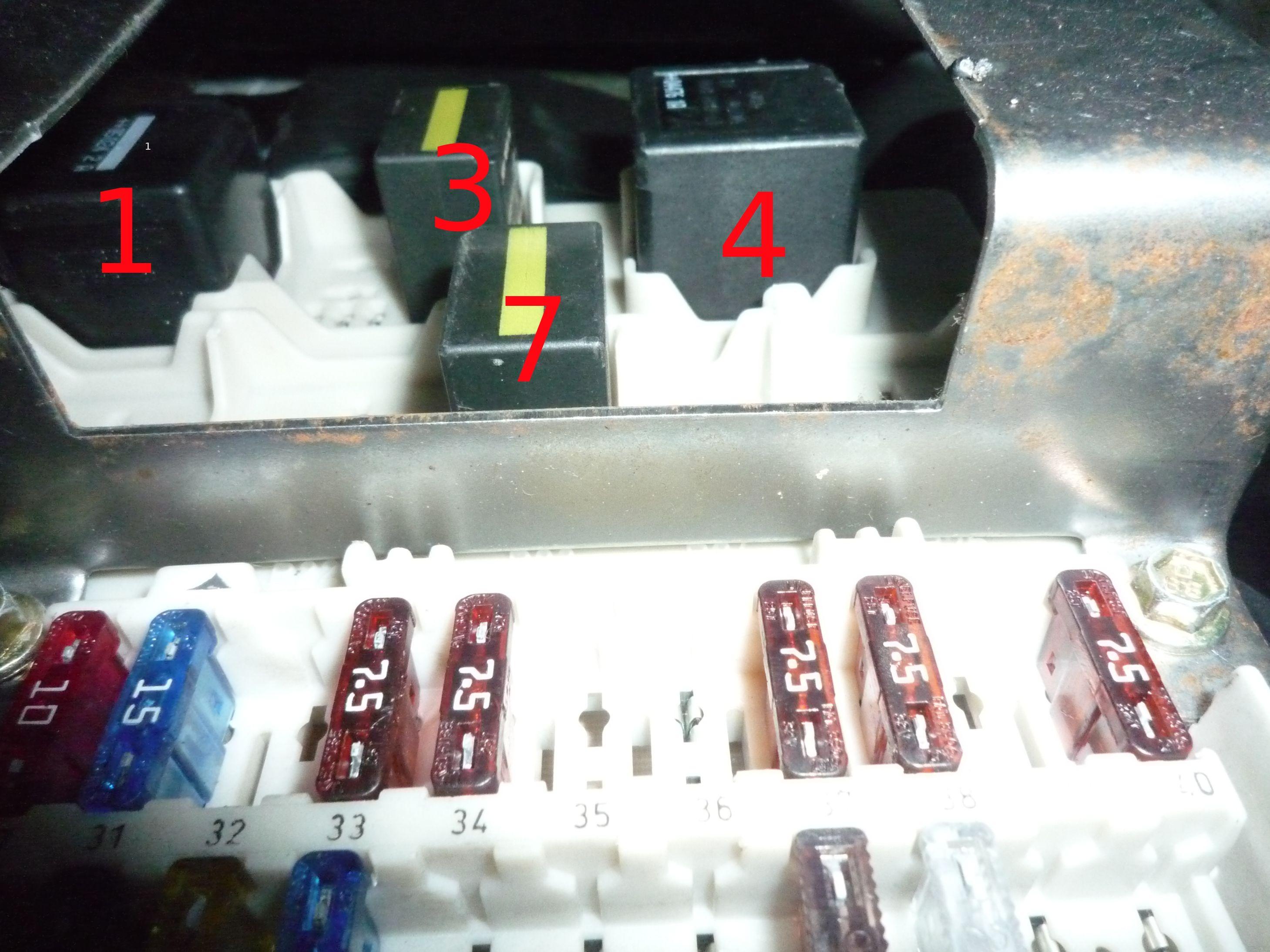 ford transit connect 1 8l tddi 75 de 2005 r paration m canique aide panne auto forum autocadre. Black Bedroom Furniture Sets. Home Design Ideas