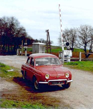 rennault_Dauphine_1960_H.jpg
